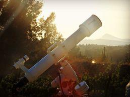 Telescopio anochecer